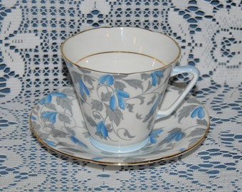 Beautiful Vintage, Circa 1949, Royal Grafton, Fine Bone China Teacup And Saucer