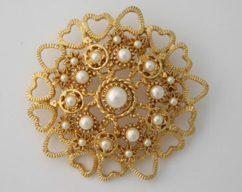 Vintage Round Gold  Tone Faux Pearl Brooch, Costume Jewellery