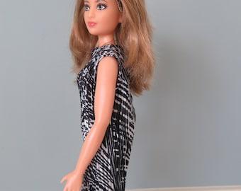 Curvy Barbie Black and White Dress