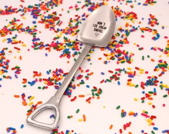 MOM'S Ice Cream Shovel Spoon, Christmas Gift, Funny Birthday Present for mom, Custom Ice Cream Spoon, Engraved spoon, Mom  Spoon, Unique