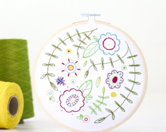 Spring Posy Embroidery Kit - Embroidery Design - Floral Embroidery - Hand Embroidery - Hoop Art - DIY Kit - Modern Embroidery - Adult Craft