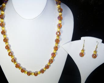 A Cute Yellow Gold Crystal and Yellow Cats Eye Necklace and Earrings. (2017226)