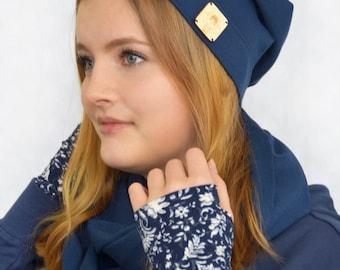 Wurlawy-Blue Cuffs