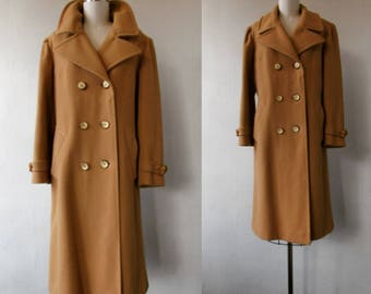 vintage coat | 1970's coat | wool coat | double breasted coat | camel brown wool coat | winter coat | large | The Woodford Camel Brown Coat