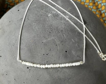 Summery light and fine necklace with freshwater pearls/sterling silver/stable/suitable for everyday use/gift for you/single piece/44 cm/eye-catcher