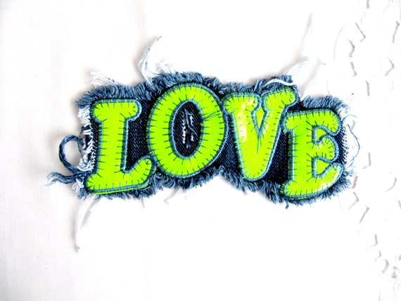 %name 5 Beau Applique Neon Design Hjr2