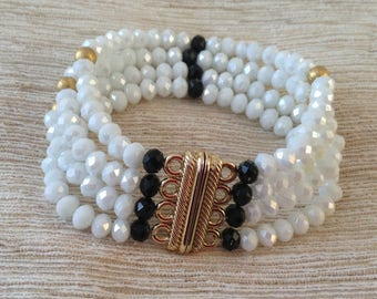 White glass crystal beads bracelet