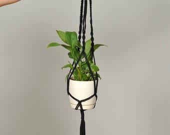 Macrame plant hanger / Plant holder / Black / hanging planter / Planter / Plant hanger/ Pot holder / Boho style / Bohemian decor / Gift mom