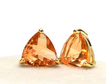 2 Triangle Light Peach Crystal Glass Pendant / Connector, 14mm, Gold Plated over Brass Prong Setting. [T0160201]