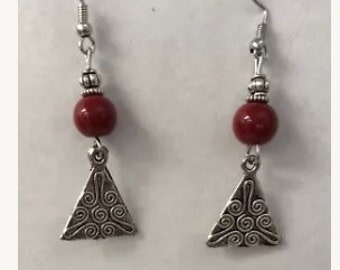 Red Dangled Earrings