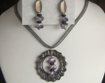Cicle of Love Black and Purple Luster Glazed Pendant with Earrings