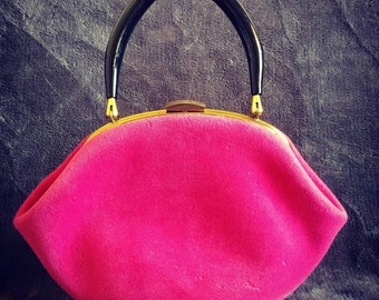 Gorgeous Vintage Hot Pink and Black Lucite Handle Purse