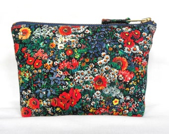 Vintage 1980s Poppy Retro Zip Purse, Cotton Make Up Bag in a sweet ditsy floral on black. Royal Blue & Red Poppies