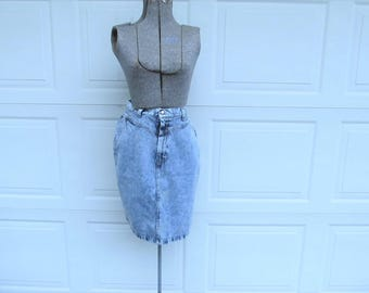 1990s Vintage acid washed denim pencil skirt, acid washed denim, S