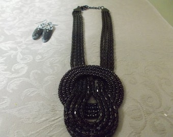 Vintage Necklace and Earring Set (1042)