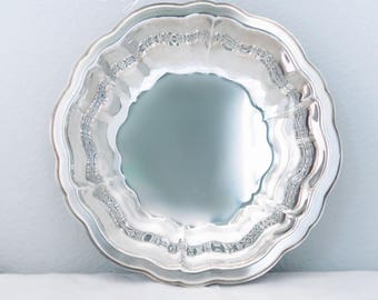 WM A Rogers Silverplate  Serving Bowl by Oneida Ltd Silversmiths, Scalloped Serving Bowl, Salad Bowl, Vegetable Bowl, Holiday Serving Bowl