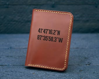Personalized mens wallet / Mens Leather Wallet /  Minimalist wallet / Coordinates Gift for men / Wallet for Mens / Mens gift - MW05