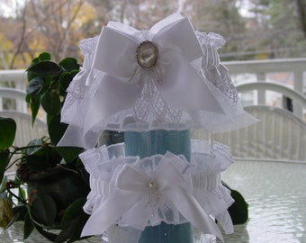 White Mother of Pearl Venise Lace and Glass Beaded Fringe Garter Set