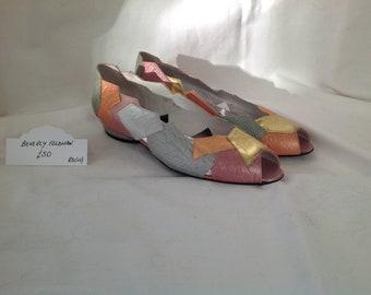 Vintage Beverly Feldman peep toe flats size 8 1/2 (US)