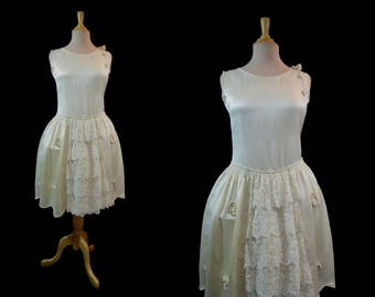 Vintage Wedding Dress - Robe de Style - 1920s Vintage - Genuine Vintage Dress - Bust 81-86 cm