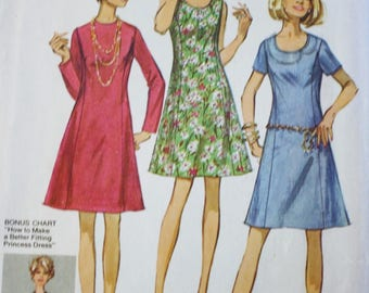 70s Dress Pattern, Simplicity 8889, 1960s Princess Seamed Dress, Vintage Sewing Pattern, Bust 35