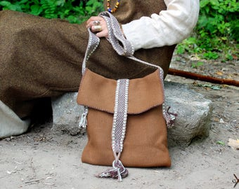 Medieval shoulder bag made of wool with hand-woven border for women and men / Reenactment Viking pocket / Cashmere wool bag in brown