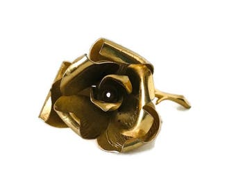 Beautiful Vintage Gold Tone Rose Brooch Signed JP