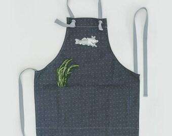 APRON Gray white pok a dot / flex printed Piggy illustration/adjustable gray linen straps /100% cotton/ handmade in Canada by Tablewear