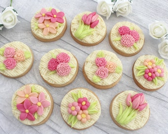 Cookie gift for her, birthday present, gift for mum, foodie gift, flower biscuits, thinking of you gift, thank you present, white chocolate
