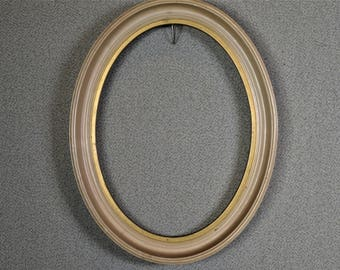 5x7 Oval Frame (approx) White Vintage Complete Kit with Glass Backing and Matting