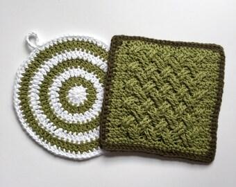 Set of 2 • Green Celtic Weave Handmade Crochet Cotton Handmade Potholders