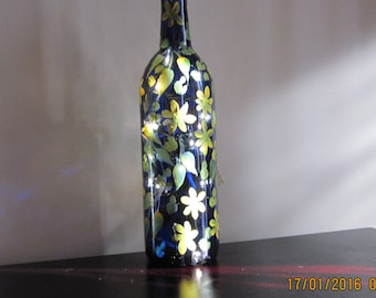 ON SALE Cobalt blue Wine Bottle hand painted yellow Daisies green leafes lights inside great gift for Birthday Housewarming Girlfriend Mom