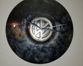 Vw hubcap clock