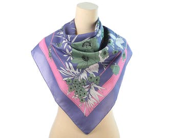 Green Poppy Scarf 70s Floral Vintage Kerchief Scarf Purple White Pink Square Retro Neck Scarf Bold Flower Print Office Scarf Moms Gift