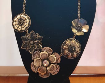 Chunky Floral statement necklace