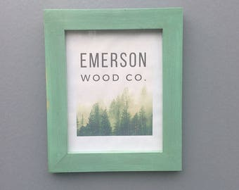 Green Painted Frame / 5X7, 8X10, 8.5X11, 11X14 Painted Foto Frame / Handmade Rustic Wall Decor / Weathered Wood Frame
