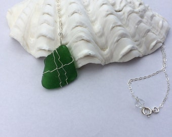 Sea Glass Necklace, Beach Glass Necklace, Sea Glass Jewelry, Beach Jewelry, Beach Wedding, Gift For Her, Gift For Wife, Green Sea Glass