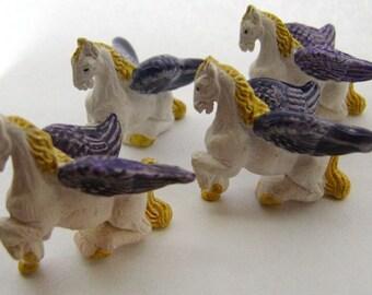 10 Large Pegasus Beads - purple - LG249