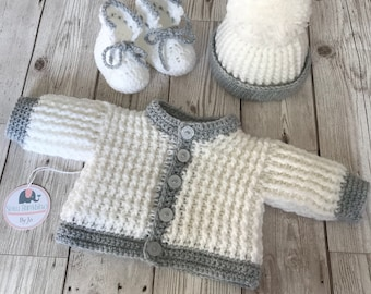 Newborn gift set, cardigan, hat and booties, made to order
