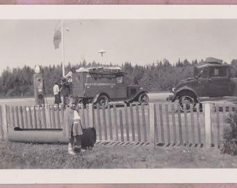Vintage Photo, Shell Gas Station, 1920s, Petroliana, Gas Pump, History, Transportation, Cars, Automotive, Child, Food truck, Vendor, USA