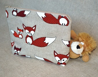 Linen Zipper Pouch with red fox fabric