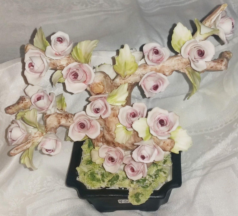 Capodimonte Fullin Mollica Rose Tree Figurine Capodimonte