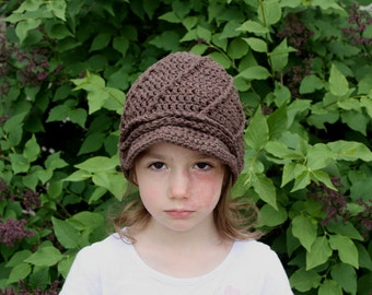 Swirly Newsboy Hat pdf PATTERN (digital download), crochet cloche, newborn to adult sizes, photo prop