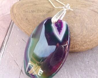 Green Gemstone Pendant, Green Pendant, Gemstone Pendant, Green Necklace, Oval Necklace, Gemstone Necklace, womens gift, ladies present, Her