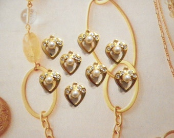 8 Vintage Goldplated 13mm Open Heart Pendants with Rhinestones and Pearl