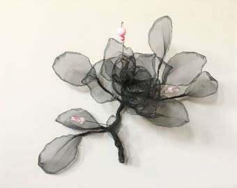Rose with pink beads. Free shipping, Wire and mesh art. Wire and mesh sculpture. 100% Handmade. Wall decor. Wire and Mesh Rose. 3D
