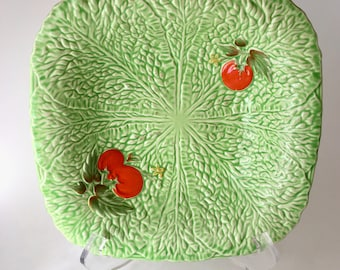 Vintage Crown Devon bowl with raised lettuce and tomatoes design
