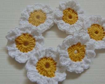 Set Of 6 Crochet Daisies