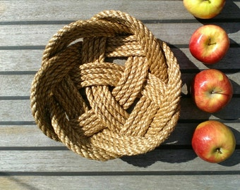 Nautical Rope Fruit Bowl, Celtic Knot, Woven Basket, Kitchen Storage, Natural Manila, Coastal Style, Mothers Day Gift. Hand sewn, no glue.
