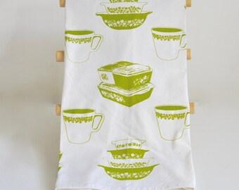 Tea Towel: Vintage Pyrex Spring Blossom Crazy Daisy All Over Print, New Design, Fridgies, Stacking Bowls, Pyrex Mug, Cinderella Bowls
